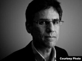 Foreign Policy журналының редакторы, журналист Стив Левин