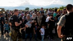 მიგრანტები მაკედონიის საზღვარზე