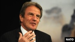 برنار کوشنر، وزيرامورخارجه فرانسه.