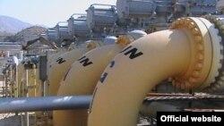 Иранский газоперерабатывающий завод в 300 километрах к юго-востоку от Бушера.