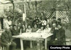 Şamaxıda Qabillə birgə. Oxucular ilə görüş, 1976...