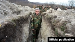 Nagorno-Karabakh - Armenian President Serzh Sarkisian visits a section of the Line of Contact with Azerbaijan, 10Dec2016.