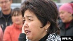 Бывший сенатор и гражданская активистка Зауреш Батталова. Астана, 6 сентября 2009 года.