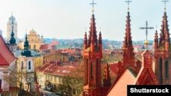 Вид на старый город Вильнюса
