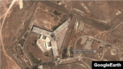 The U.S. State Department says about 50 detainees a day are being hanged at Saydnaya military prison near Damascus. (file photo)