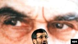 Иранского лидера Махмуда Ахмадинеджада американские санкции пока беспокоили мало