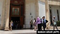 У здания суда в столице Ирака Багдаде. Иллюстративное фото.
