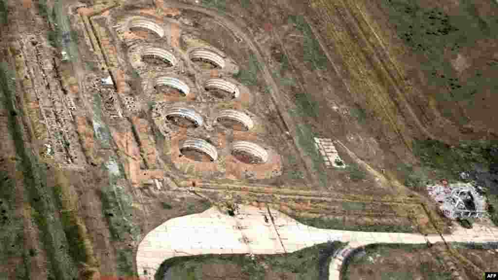Бывшие тестовые площадки Семипалатинского полигона. 18 июня 2009 года.