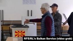 Избирательный участок в Северной Македонии, 21 апреля 2019