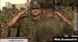 Олег Шульга на шикуванні в рамках російських навчань «Кавказ» дивізії територіальної оборони Севастополя у вересні 2016 року