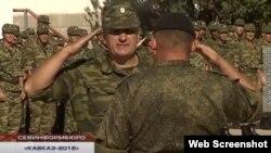 Олег Шульга на построении в рамках российских учений «Кавказ» дивизии территориальной обороны Севастополя в сентябре 2016 года