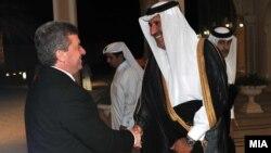 Средба на претседателот Ѓорѓе Иванов со премиерот на Катар - Шеик Хамад бин Џасмин бин Џабор Ал-Тани, Доха, Катар на 28 јануари 2013.