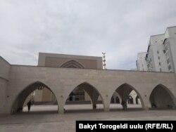 """Мечеть """"7-апрель шейиттери""""."""