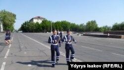 Школьники в Оше. Иллюстративное фото.