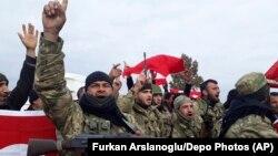 عفرین در محاصره نیروهای دولتی و شورشیان ارتش آزاد سوریه است که مورد حمایت ترکیه هستند.