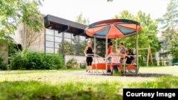Детская площадка подворья Аухоф