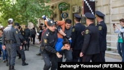 Azerbaijan -- Azerbaijani youth activists sentenced, supporters clash with police, Baku, 6 May 2014.