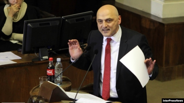 Opposition legislator Jondi Baghaturia's comments drew the ire of fellow deputy Azer Suleimanov, an ethnic Azeri.