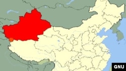 Провинция Синьцзян на карте Китая (выделена красным).