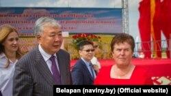 Qırğızıstanın qaçaq baş naziri Daniil Usenov da Belarusdadır, amma artıq Daniil Uritskiy kimi tanınır