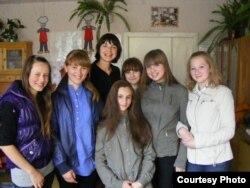 Са школьнікамі бярозаўскай школы, якіх навучылі адбіраць «карысную» ежу