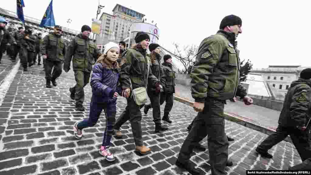 Сейчас в действующем украинском законодательстве понятие «доброволец» отсутствует, отсутствует и определение понятия «добровольческие формирования».