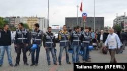Masa të shtuara policore në Sheshin Taksim në Stamboll