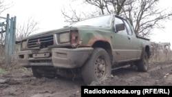 Автомобіль, який подарували волонтери, три роки служить на передових позиціях на Донбасі