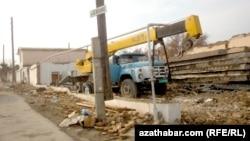 В центре Ашхабада сносят сотни жилых домов