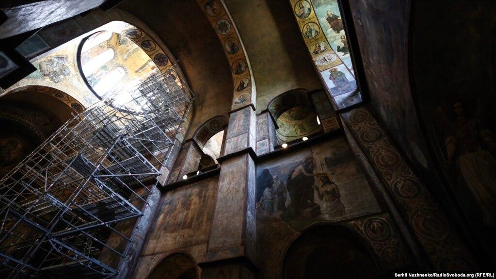 Благодійники з Кіпру надали 15 тисяч євро для інспектування і реставрації мозаїк