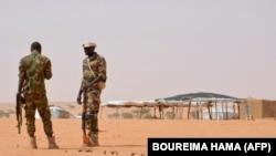 عکسی آرشیوی از سربازان نیجر