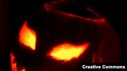 Jack O'Lantern. Джек-Фонарик. Тыква со вставленным фонариком - символ Хеллоуина
