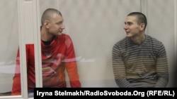 Екс-беркутівці Сергій Зінченко та Павло Аброськін під час судового засідання у Печерському суді, архівне фото