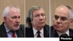 ՄԽ համանախագահներ Իգոր Պոպով (Ռուսաստան), Ջեյմս Ուորլիք (ԱՄՆ) և Պիեռ Անդրիո (Ֆրանսիա), Երևան, 9-ը ապրիլի, 2016թ․