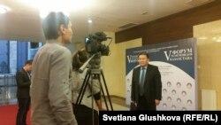 В кулуарах пятого форума религиоведов Казахстана. Астана, 29 октября 2015 года.