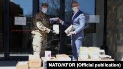 KFOR isporučuje neophodnu opremu za borbu protiv korona virusa
