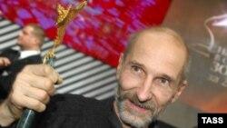 Лидер группы «Звуки Му» Петр Мамонов и теперь остается кумиром части свободомыслящей молодежи