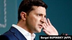 Зеленський просить звільнити Клімкіна та Луценка