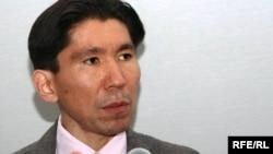 Саясаттанушы Досым Сәтбаев. 25 мамыр 2010 жыл.