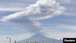 Мехико, 2011.