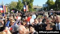 Саркози во официјална посета на Ерменија