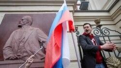 Цитаты Свободы. Отмена парада в Киеве и выборов в Москве