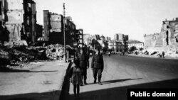 Зруйнований комуністами Хрещатик, Київ
