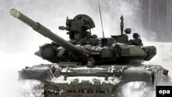 Армия для многих россиян - причина душевного раздвоения