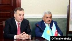 Sazişi ARDNŞ-ın prezidenti Rövnəq Abdullayev və «Kazmunayqaz»ın prezidenti Kairgeldı Kabıldin imzalayıb