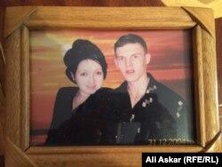 Фотография погибшего Михаила Матросова и его жены.