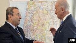 Ministrul apărării Ehud Barak la întîlnireacu vicepreședintele Joe Biden la Tel Aviv