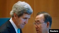 John Kerry dhe Ban Ki-moon (djathtas)