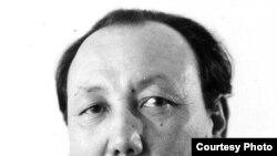 Әркен Уақ, Совет өкіметі ұлтшыл, бүлікшіл деп 8 жылға соттаған диссидент, ғалым.