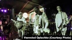 """Концерт группы """"Инструкция по выживанию"""" в Омске, май 2018"""